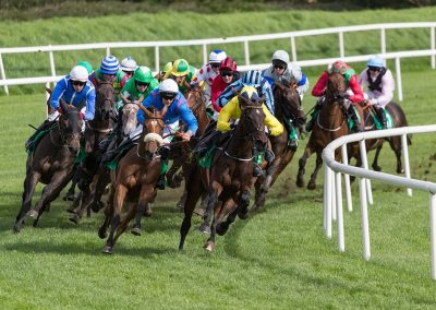 Listowel-Races-Coming-Around-the-Bend