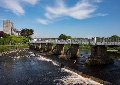 Listowel-Races-Over-The-Bridge
