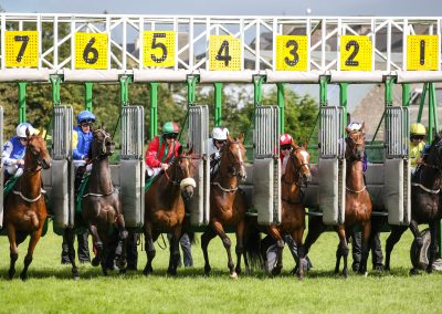 Listowel-Races-and-there-off